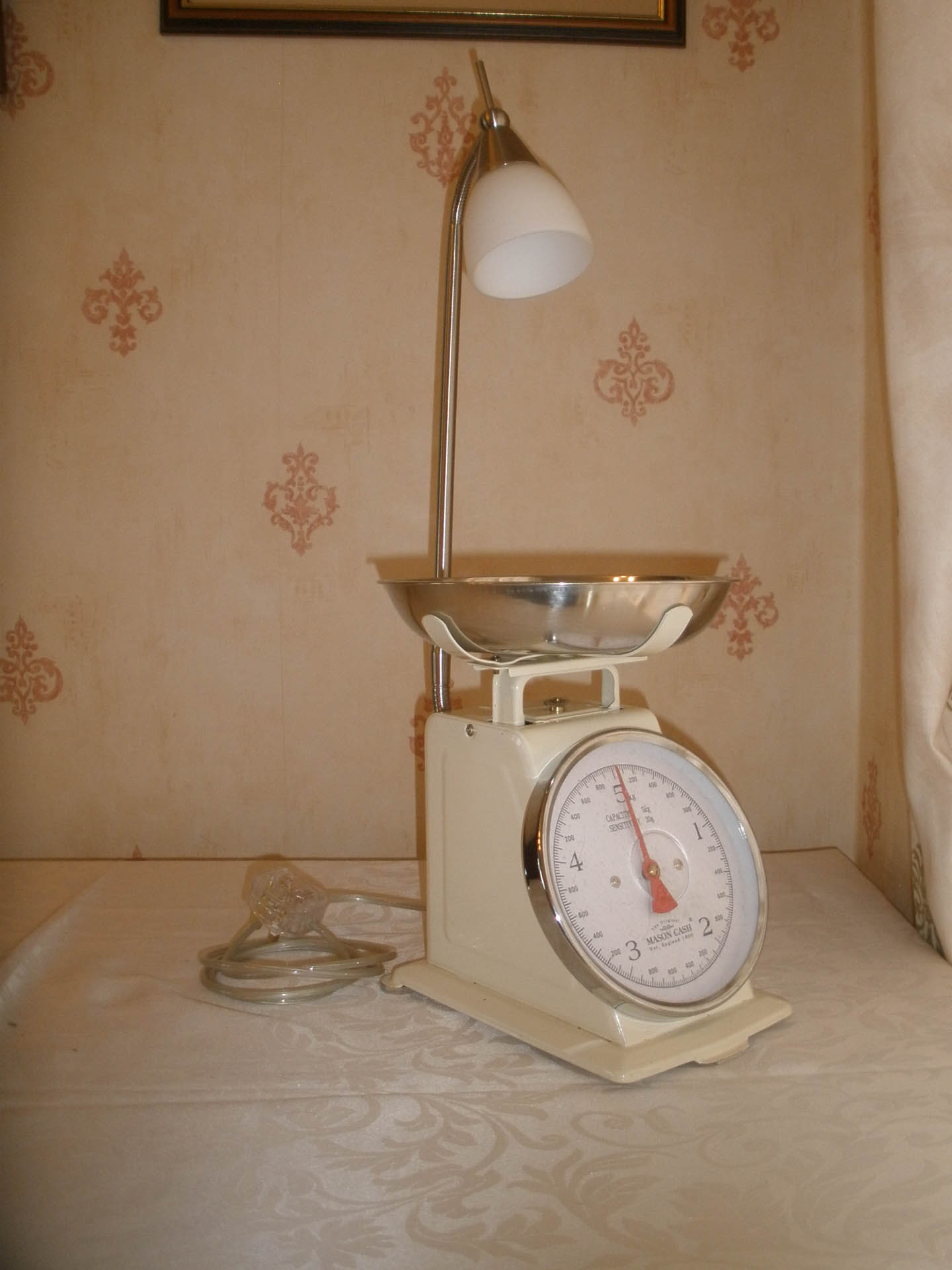 Old Style Kitchen Scales cw Adjustable light